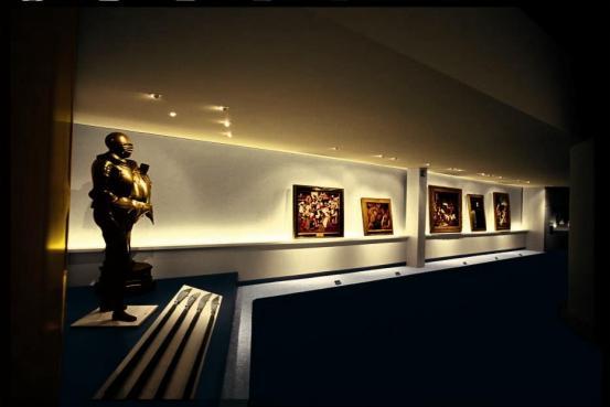 博物馆照明设计原则二、以暗衬亮