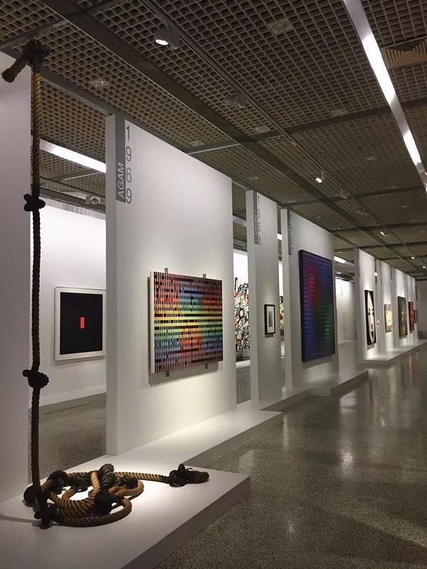 """""""蓬皮杜现代艺术大师展""""展览现场光效,?#35745;?#30001;上海天协文化发展有限公司提供"""