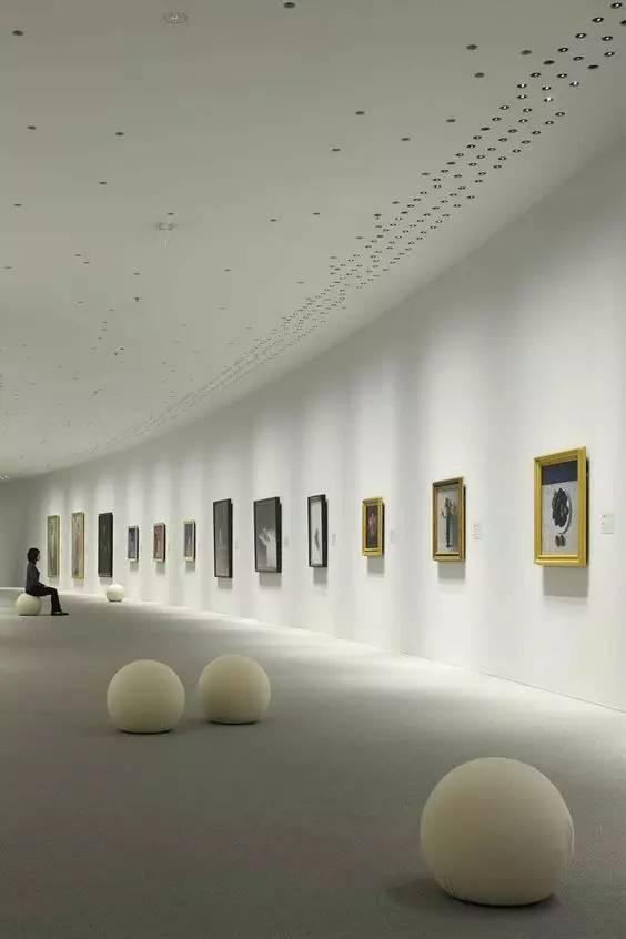 光洗墙是运用最为广泛的墙面照明手法