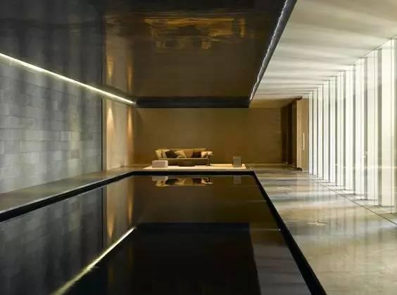 擦光更能体现墙面的材质的质感